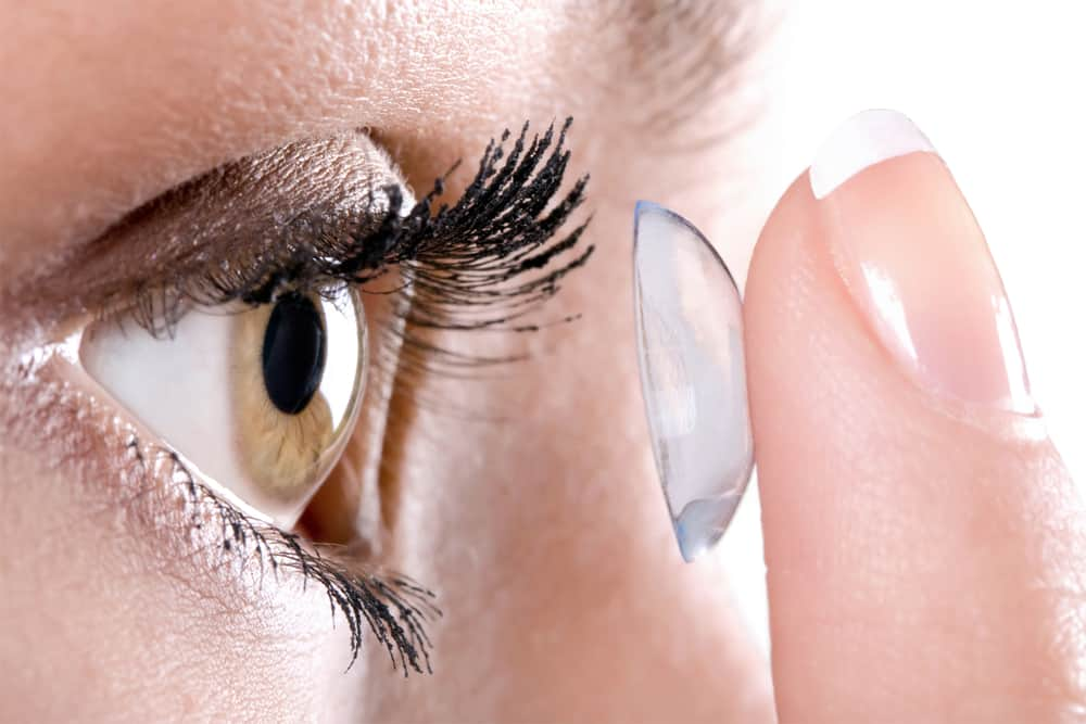 The Importance of Proper Contact Lens Hygeine