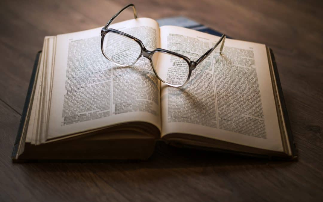 A History of Eyeglasses: Styles and Functions