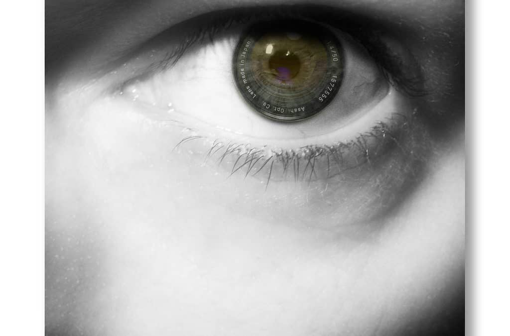 11 Cosmetic Tips For Eye Safety